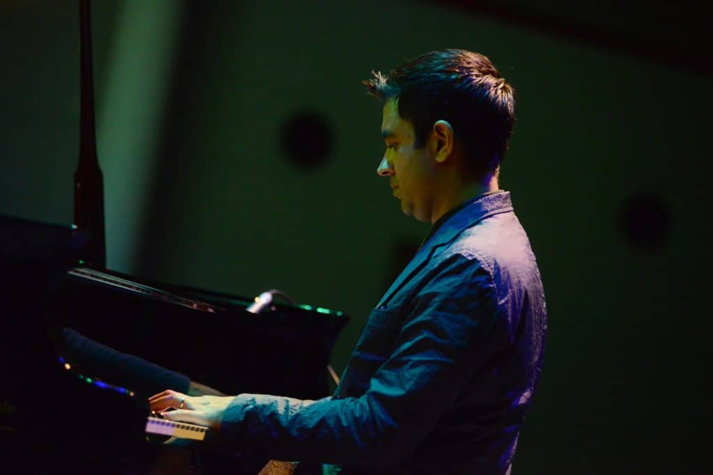 0705 Vijay Iyer Trio (c) Jazzfest Bonn, Lutz Voigtländer (6)