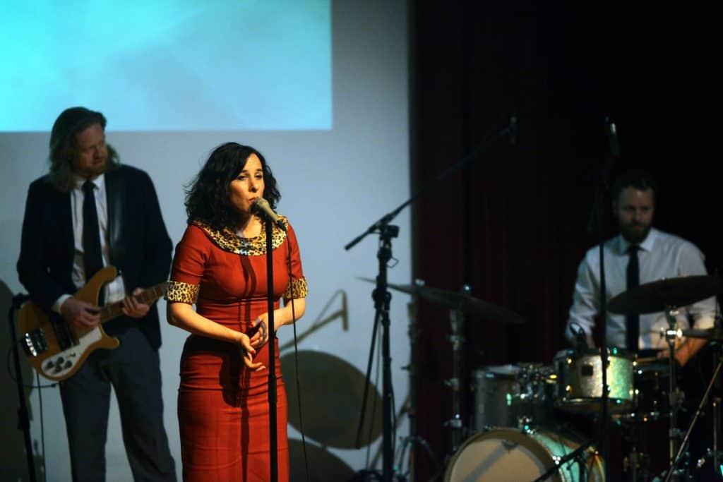 2304 Lisa Bassenge (c) Jazzfest Bonn, Walter Schnabel (1)