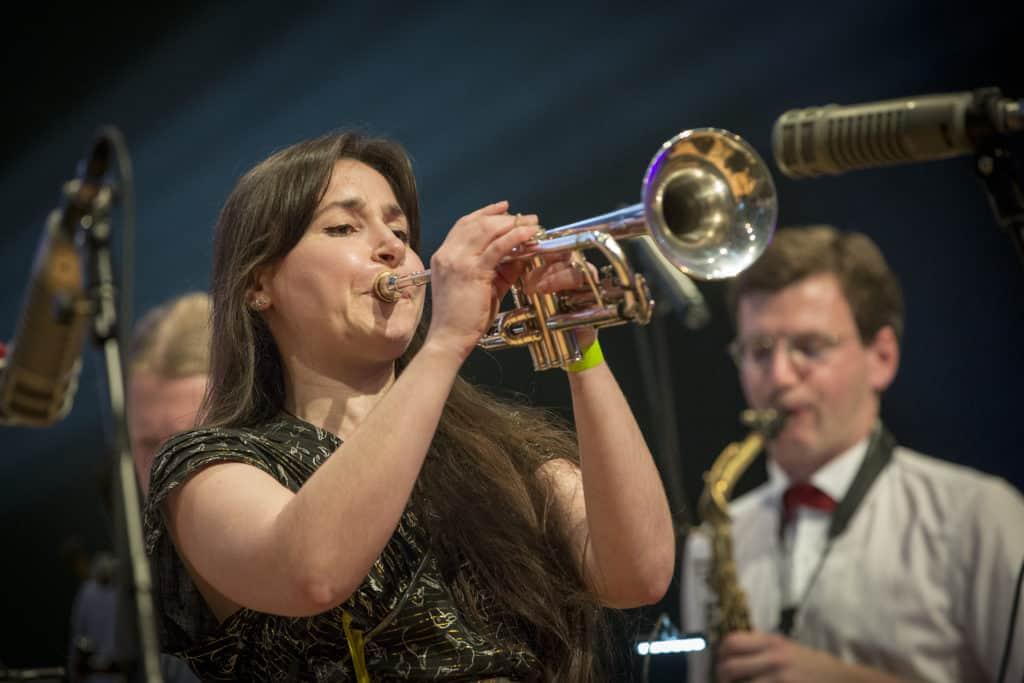 Fotoaufnahmen während des Jazzfest Bonn 2019, hier: die Monika Roscher Big Band im Telekomforum Bonn am 31.05.2019