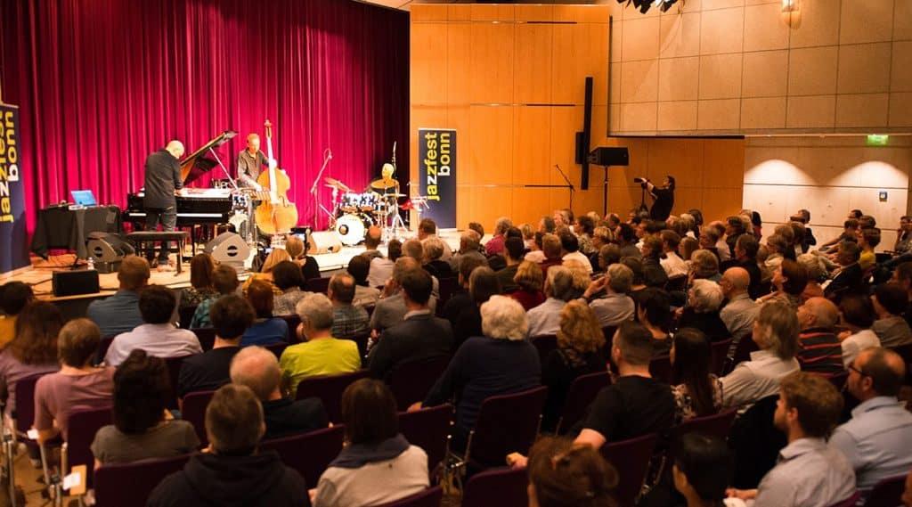 Jacob Karlzon Trio (c) Lutz Voigtlaender kl
